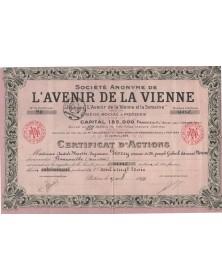 S.A. de L'Avenir de la Vienne, Journaux L'Avenir de la Vienne et la Semaine